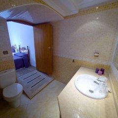 Отель Hostal La Muralla Стандартный номер с различными типами кроватей фото 5