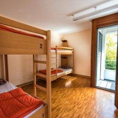 Geneva Hostel Стандартный номер с различными типами кроватей (общая ванная комната)