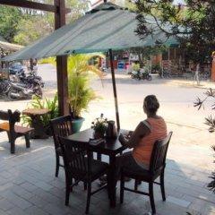 Отель Vang Anh Guesthouse Вьетнам, Хойан - отзывы, цены и фото номеров - забронировать отель Vang Anh Guesthouse онлайн питание