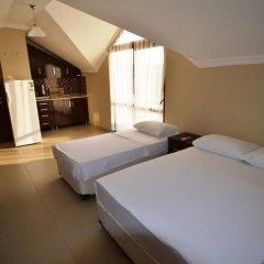 Отель Aycan Otel Erdek Мармара сейф в номере