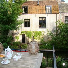 Отель Holiday Home Cozy House On The Canal фото 5
