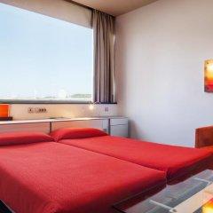Hotel Fira Congress 4* Стандартный номер с различными типами кроватей фото 9