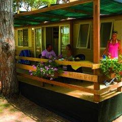 Отель Camping Village Fabulous Шале с различными типами кроватей