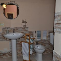 Отель Casa di Alfeo Италия, Сиракуза - отзывы, цены и фото номеров - забронировать отель Casa di Alfeo онлайн ванная