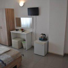 Отель House Todorov Стандартный номер с двуспальной кроватью (общая ванная комната) фото 10
