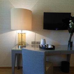 Отель Starhotels Michelangelo 4* Улучшенный номер с различными типами кроватей фото 5