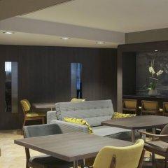 Отель Citadines Trafalgar Square London гостиничный бар