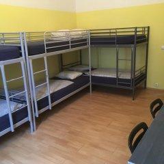 Hostel EMMA Стандартный семейный номер с двуспальной кроватью фото 4