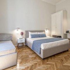 Отель Little Queen Relais 3* Улучшенный номер с различными типами кроватей фото 5