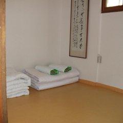 Отель Hyosunjae Hanok Guesthouse 2* Стандартный номер с различными типами кроватей (общая ванная комната) фото 10