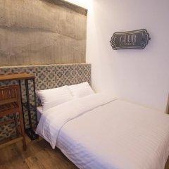 Отель Glur Bangkok Стандартный номер разные типы кроватей фото 34