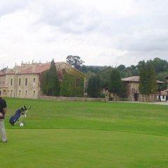 Отель Palacio De Caranceja спортивное сооружение