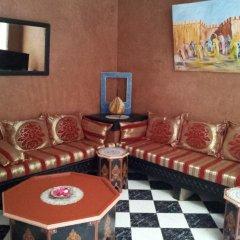Отель Riad Les Portes De La Medina питание фото 3