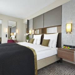 Steigenberger Hotel am Kanzleramt 5* Улучшенный номер с двуспальной кроватью фото 6