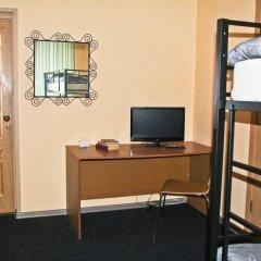 Апартаменты AHOSTEL Кровать в женском общем номере с двухъярусной кроватью фото 5