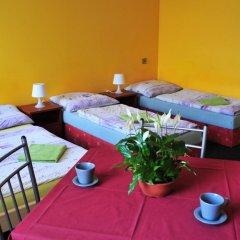 Hostel Alia Стандартный номер с различными типами кроватей (общая ванная комната) фото 6