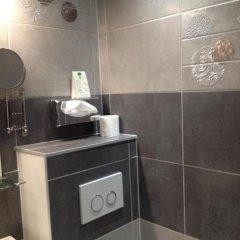 Hotel Des Lices сейф в номере