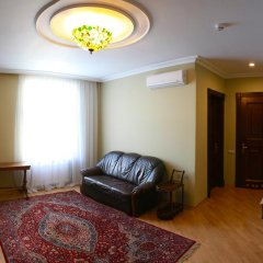 Гостиница Британский Клуб во Львове 4* Апартаменты с разными типами кроватей фото 8