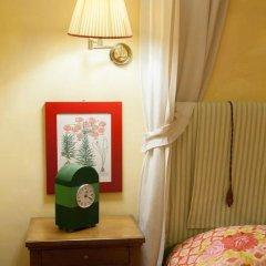 Отель Antica Dimora Firenze 3* Номер Делюкс с различными типами кроватей фото 12