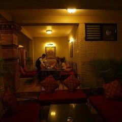 Отель Mandala Boutique Hotel Непал, Катманду - отзывы, цены и фото номеров - забронировать отель Mandala Boutique Hotel онлайн интерьер отеля фото 2