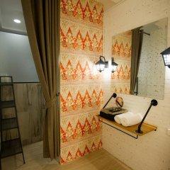 Отель Glur Bangkok Стандартный номер разные типы кроватей фото 42