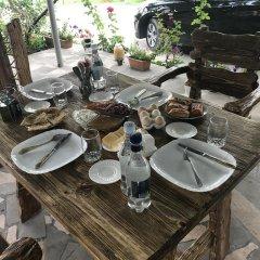 Отель B&B Kamar Армения, Иджеван - отзывы, цены и фото номеров - забронировать отель B&B Kamar онлайн питание