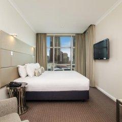 Отель Clarion Suites Gateway Люкс с различными типами кроватей фото 3