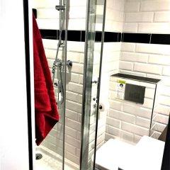 Отель Le Glam's Hôtel 3* Стандартный номер с различными типами кроватей фото 12