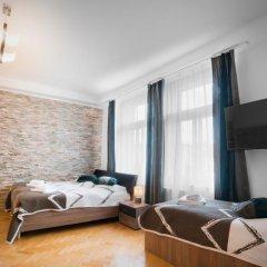 Отель Astra 1 Улучшенные апартаменты
