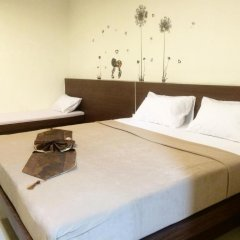 Phuthara Hostel Стандартный номер с различными типами кроватей фото 7