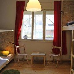 Отель Best Rest Guest House Номер категории Эконом с различными типами кроватей фото 15