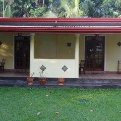 Отель Lanka Rose Guest House Номер Делюкс с различными типами кроватей фото 3
