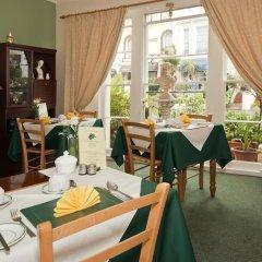 Отель Wayfarer Guest House питание фото 2