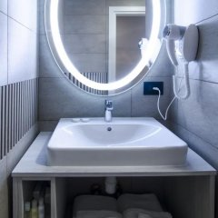 Hotel Milano by Reikartz Collection 3* Номер Делюкс разные типы кроватей фото 5