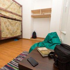 Хостел EveRest Кровать в общем номере фото 11
