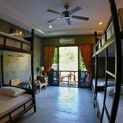 Отель Narakarn Hostel Таиланд, Остров Тау - отзывы, цены и фото номеров - забронировать отель Narakarn Hostel онлайн комната для гостей фото 3