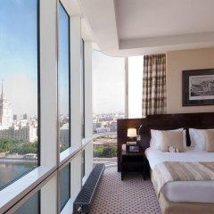 Гостиница Crowne Plaza Moscow World Trade Centre 5* Клубный номер с двуспальной кроватью