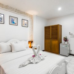 Отель Karon Sunshine Guesthouse & Bar 3* Стандартный номер с различными типами кроватей фото 17