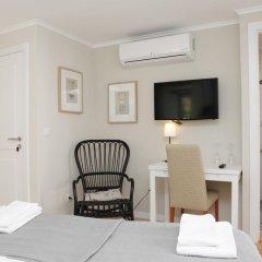 Отель Flores Guest House 4* Стандартный номер с двуспальной кроватью фото 6