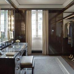 Hotel The Peninsula Paris 5* Улучшенный номер с различными типами кроватей фото 5