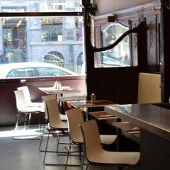 Отель Cafe Pacific - Lounge Bar Брюссель бассейн