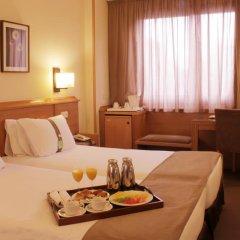 Отель Holiday Inn Madrid - Pirámides 3* Стандартный номер с различными типами кроватей фото 3
