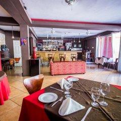 Отель Altamont West Hotel Ямайка, Монтего-Бей - отзывы, цены и фото номеров - забронировать отель Altamont West Hotel онлайн питание