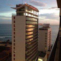 Отель Crescat Residencies Apartments Шри-Ланка, Коломбо - отзывы, цены и фото номеров - забронировать отель Crescat Residencies Apartments онлайн пляж