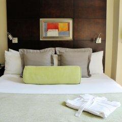 Hotel Mela Times Square 4* Улучшенный номер с различными типами кроватей фото 4