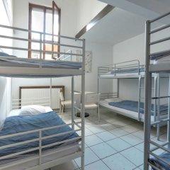 Brussel Hello Hostel Кровать в женском общем номере с двухъярусной кроватью фото 8