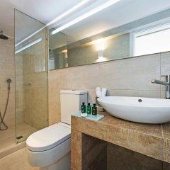 Отель Athina Luxury Suites 4* Люкс повышенной комфортности с различными типами кроватей фото 17