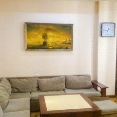 Апартаменты Rent in Yerevan - Apartment on Mashtots ave. комната для гостей фото 4