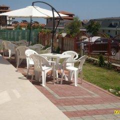 Отель Kozarov Family Hotel Болгария, Свети Влас - отзывы, цены и фото номеров - забронировать отель Kozarov Family Hotel онлайн