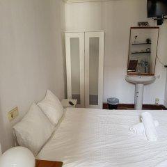 Отель Beach Break Guesthouse Испания, Сан-Себастьян - отзывы, цены и фото номеров - забронировать отель Beach Break Guesthouse онлайн комната для гостей фото 2